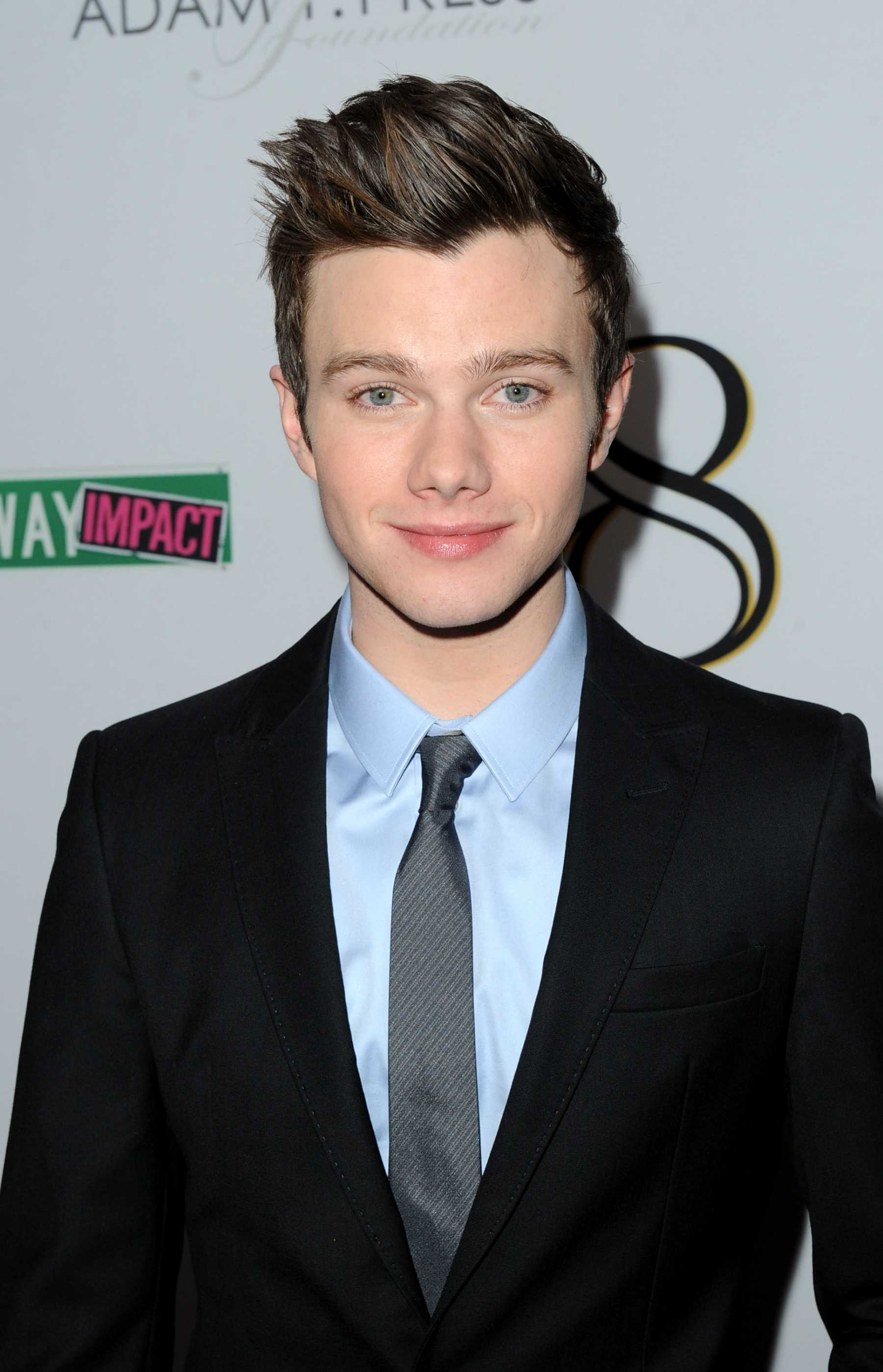 Chris Colfer Set To Heat Up Hot In Cleveland As A Guest Star!