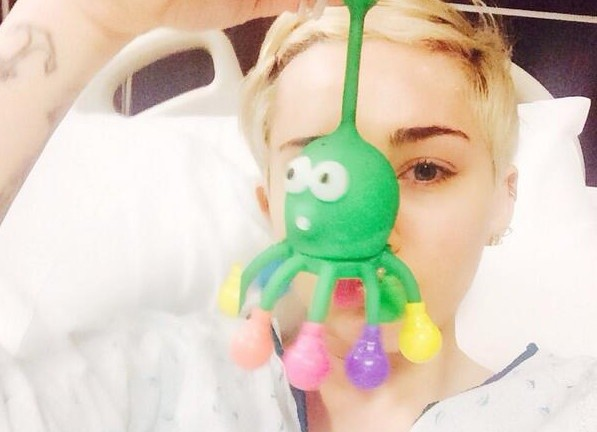 Miley Cyrus Hospitalized Due To Severe Allergic Reaction
