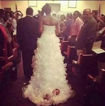 Bride Invents Strange Way To Include Newborn Daughter In Wedding Ceremony