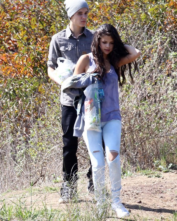 On-Again, Off-Again Couple Jelena Spotted Together At Friend's Birthday Bash