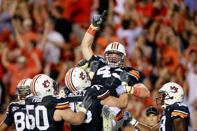 Auburn Football Standout Philip Lutzenkirchen Dies At 23