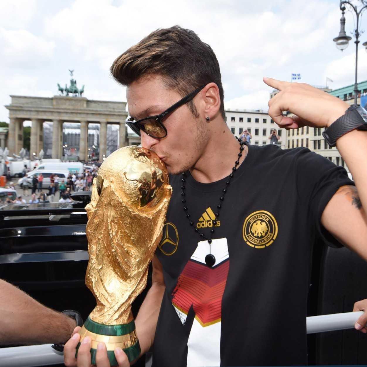 German Footballer Mesut Özil Uses World Cup Winnings To Help Sick Brazilian Children