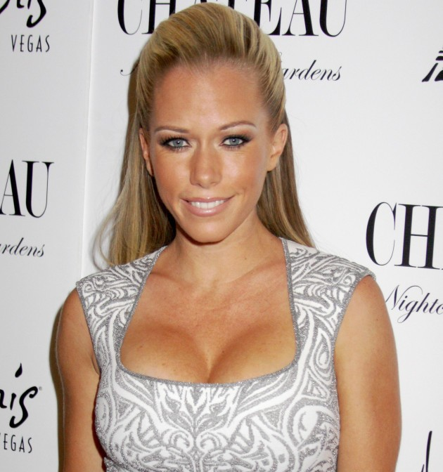 Kendra Wilkinson Lawyers Up After Finding Scandalous Hubby Cheating With An Escort