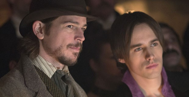 Penny Dreadful's Reeve Carney: How Will Future Kisses Compare To Josh Hartnett? | Reeve Carney