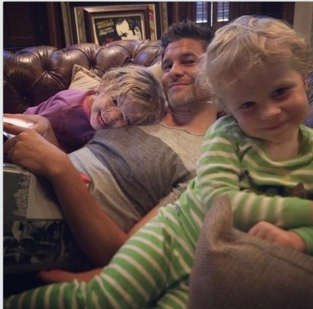 Neil Patrick Harris Refutes David Burtka Split Rumors With Happy Family Photo | Neil Patrick Harris