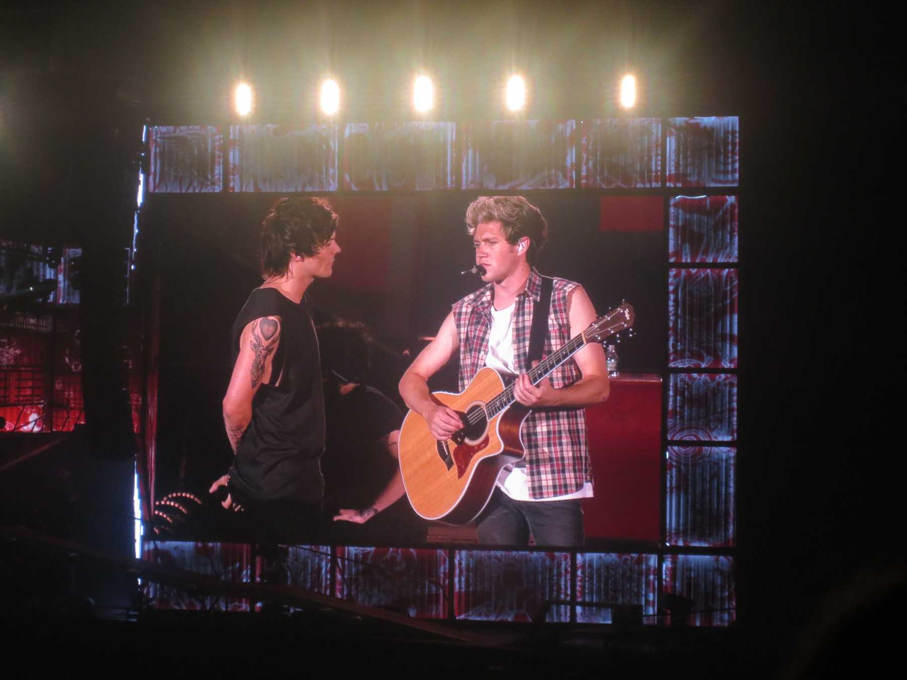 PopWrapped Rocks Out With 5 Seconds Of Summer And One Direction | One Direction