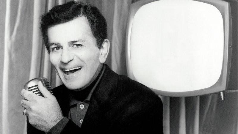 Casey Kasem's Wife Allegedly Planning To Bury Him In Norway | Casey Kasem