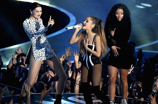 Ariana Grande, Jessie J And Nicki Minaj Wow In New 'Bang Bang' Video | Bang Bang