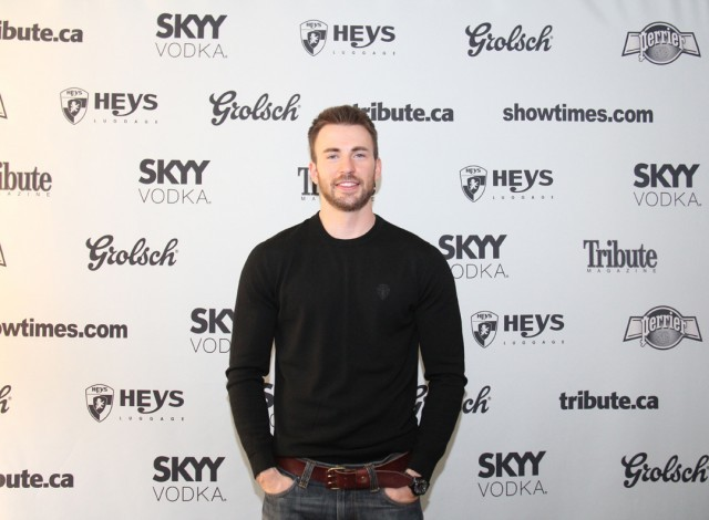 Chris Evans Makes Directorial Debut With 'Before We Go' | Chris Evans