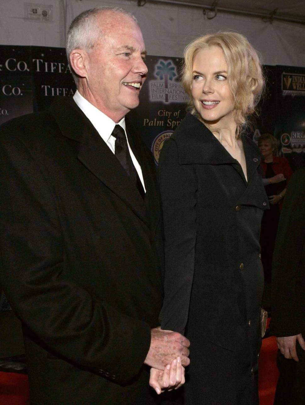 Nicole Kidman's Father Dies After Fall In Singapore Hotel | Nicole Kidman