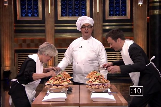 Glenn Close And Jimmy Fallon Have A Face-Stuffing Competition  | Glenn Close