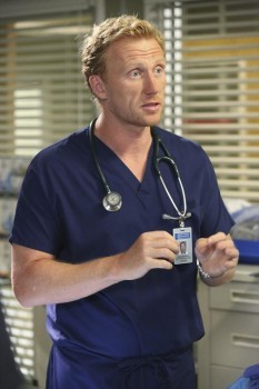 First Stills Of 'Grey's Anatomy' Season 11 Premiere Episode | Grey's Anatomy
