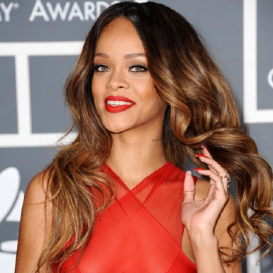 MORE Nude Photos Leak: Rihanna, Kim Kardashian, And More | Rihanna