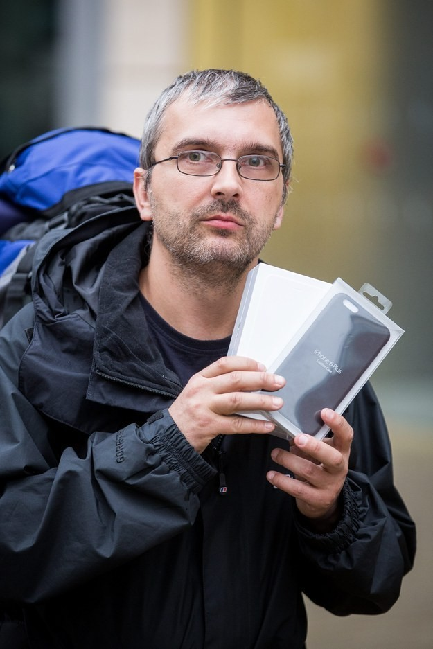 Man Waits 2 Days For iPhone 6 Hoping Wife Takes Him Back | iPhone 6