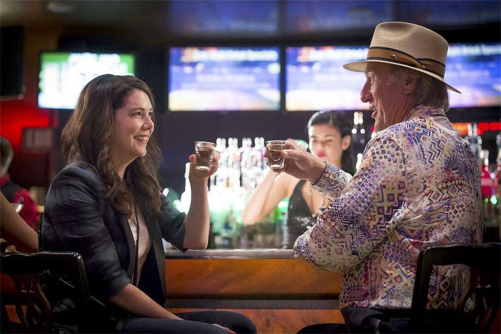 Parenthood's Final Season Premiere Parties It Up In
