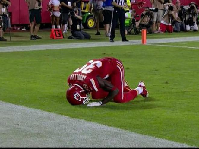 Husain Abdullah Penalized By NFL For Celebrating Touchdown With Muslim Prayer | Husain Abdullah