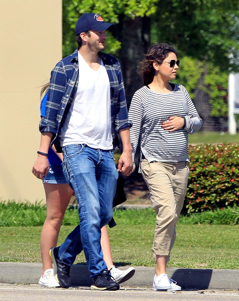 Mila Kunis Pops: Actress And Ashton Kutcher Welcome Baby Girl | mila kunis