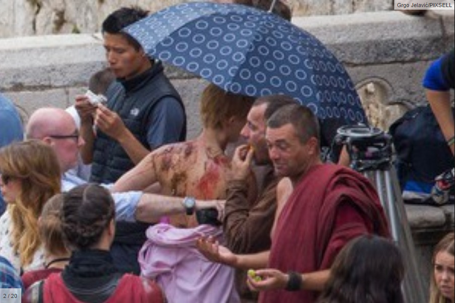 Set Photos Feature Pivotal Moment For Cersei Lannister In 'Game Of Thrones' | Game Of Thrones