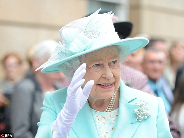 Dating Apps, A Threat To Queen Elizabeth's Security? | Queen Elizabeth
