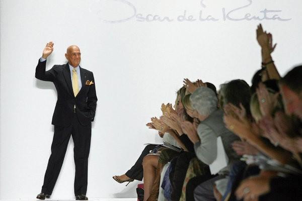 Fashion Designer Oscar de la Renta Dead At 82 | Oscar de la Renta