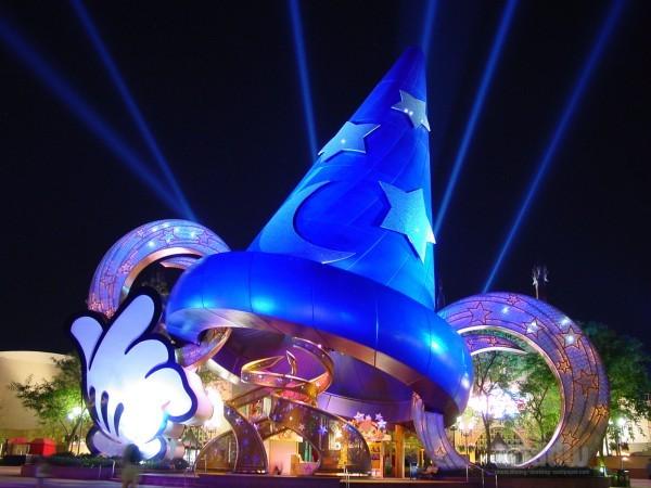 Hollywood Studios Sorcerer's Hat to Come Down | Sorcerer's Hat