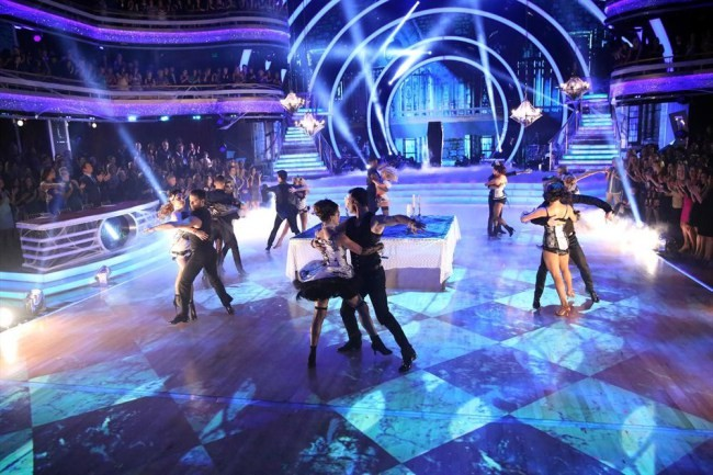 'Dancing With The Stars' Week 7 Recap: Dynamic Duos, Immunity, Dance Off, & Elimination! | Dancing With The Stars