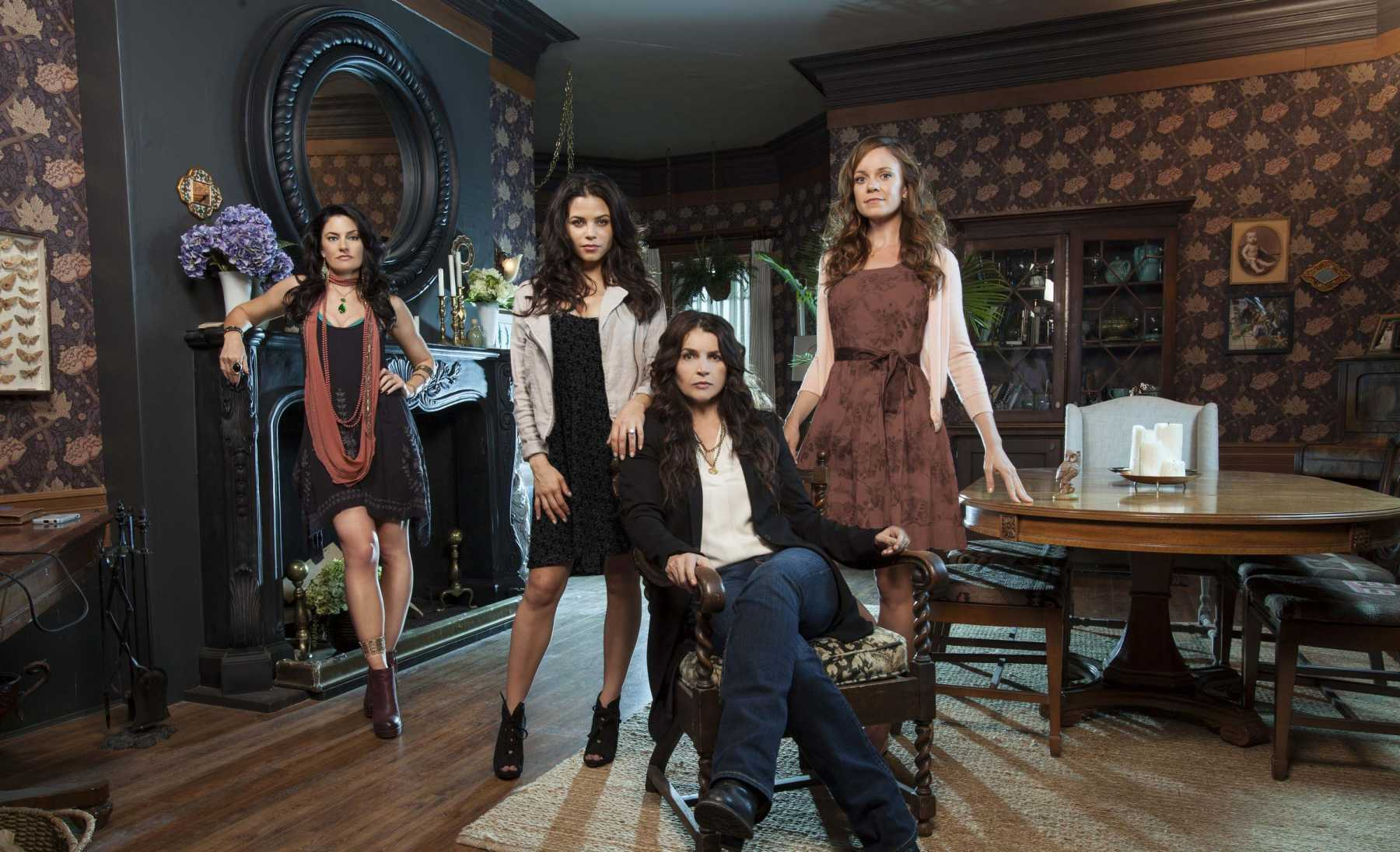 Darkness Has Risen: Witches Of East End Cancelled By Lifetime | witches of east end