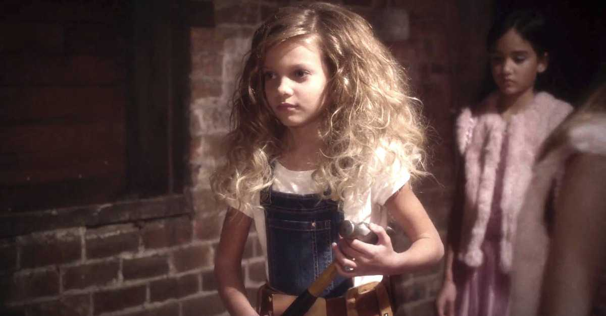 New GoldieBlox Ad Goes Viral, Aims To Redefine Beauty For Young Girls | Goldieblox