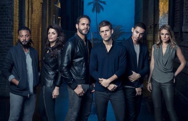 USA Network Confirms Graceland Season 3 | graceland
