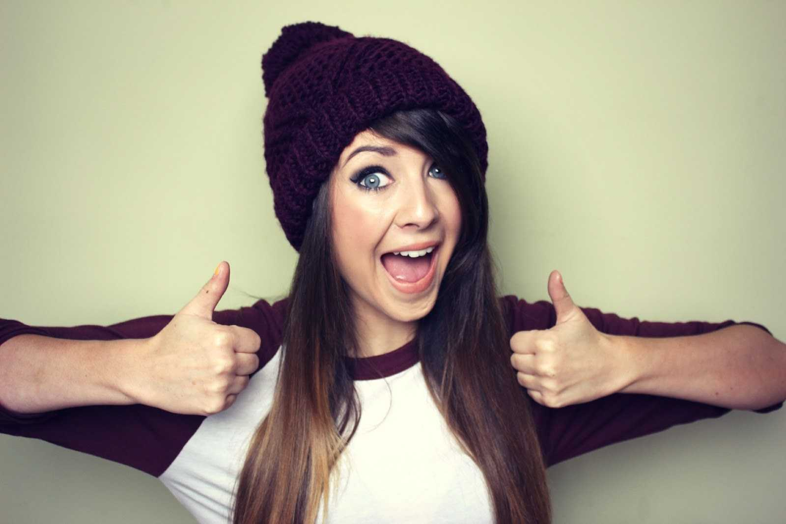 Zoella's Debut Novel 'Girl Online' Smashes Records | Zoella