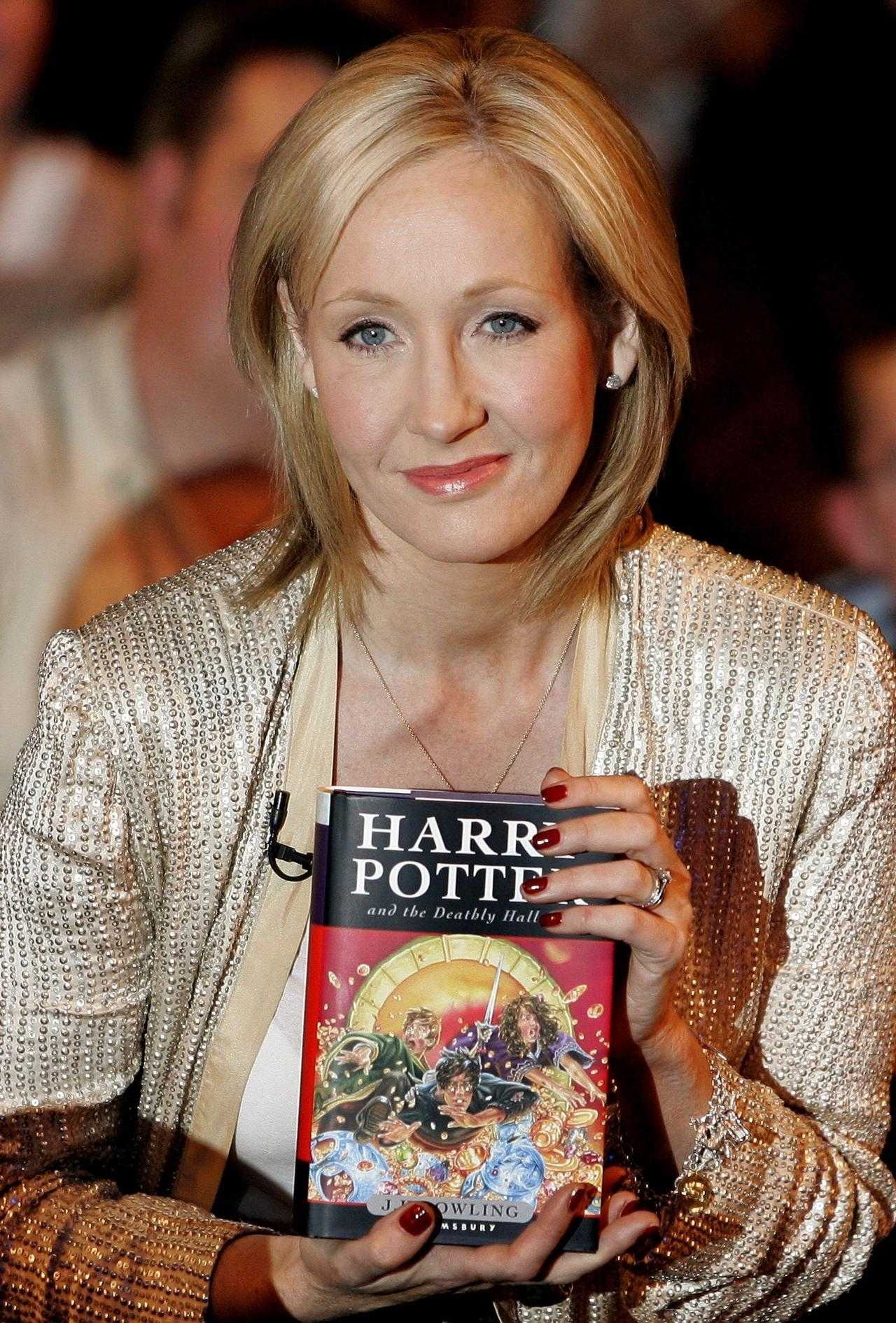 Jk Rowling Proves Once Again Why She's The Best | JK Rowling