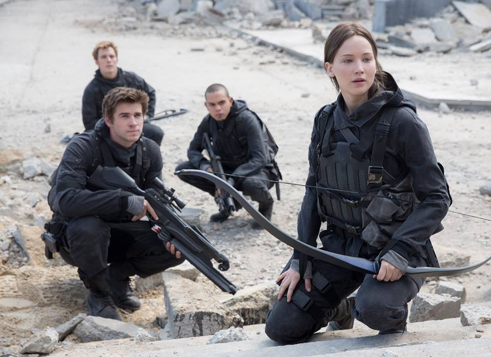 We Go Back To Panem As Jennifer Lawrence Reveals First