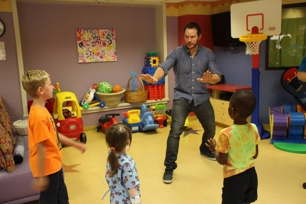 Caught Doing Good: Chris Pratt's Visit To Children's Hospital Goes Viral | Chris Pratt