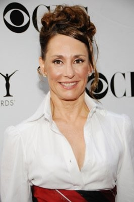 Laurie Metcalf Joining Bruce Willis On Broadway | Laurie Metcalf