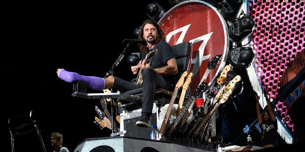 Hardcore: An Injured Dave Grohl Performs On
