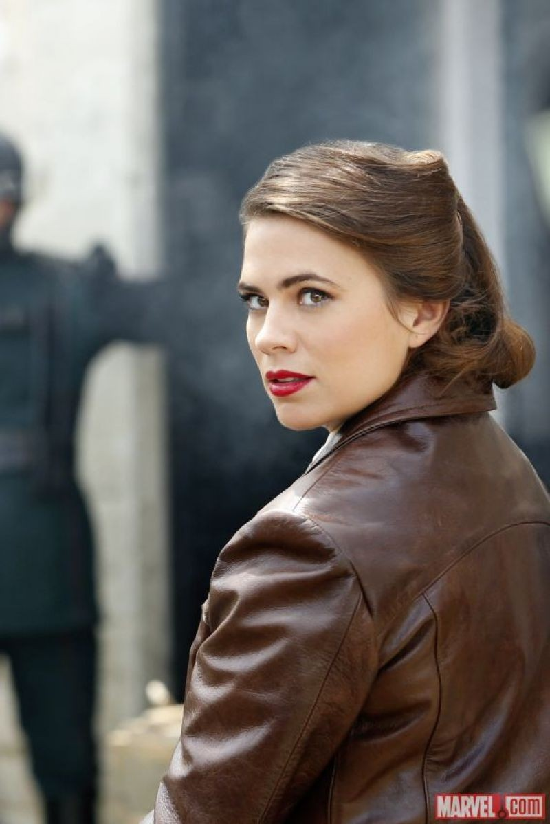 Agents Of S.H.I.E.L.D. Challenge Agent Carter To Dubsmash War | Agent Carter
