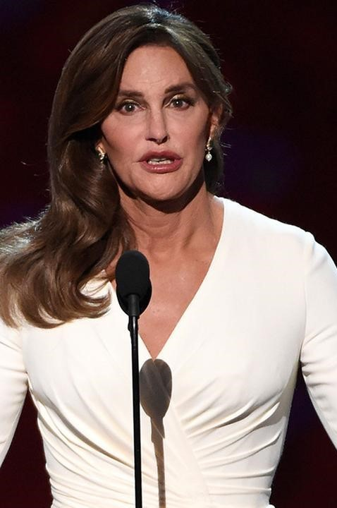 Caitlyn Jenner Collects ESPY Courage Award, Receives Standing Ovation | Caitlyn Jenner