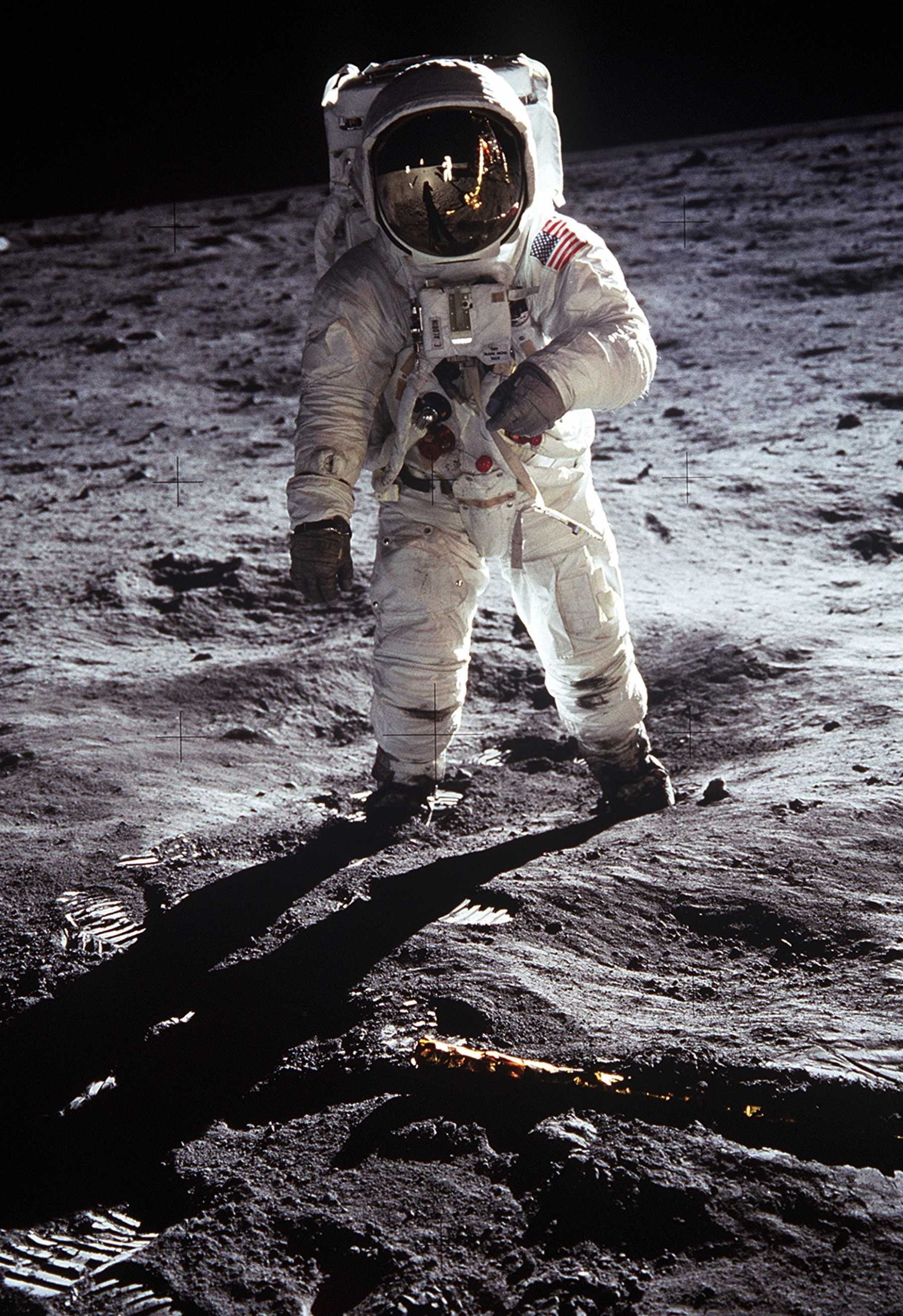 Kickstarter Aims To Raise Funds For Conserving Neil Armstrong's Suit | Neil Armstrong