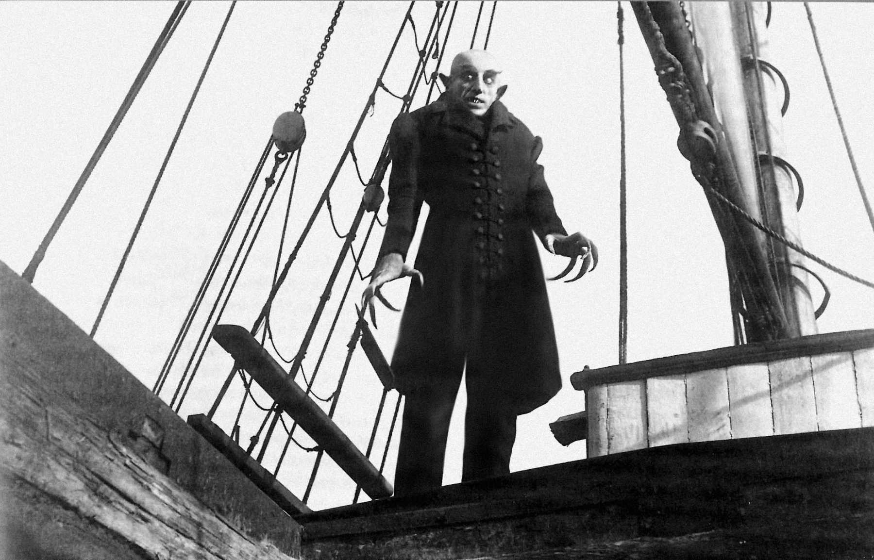 Grave Robbers Steal Head Of 'Nosferatu' Director F.W. Murnau   Nosferatu