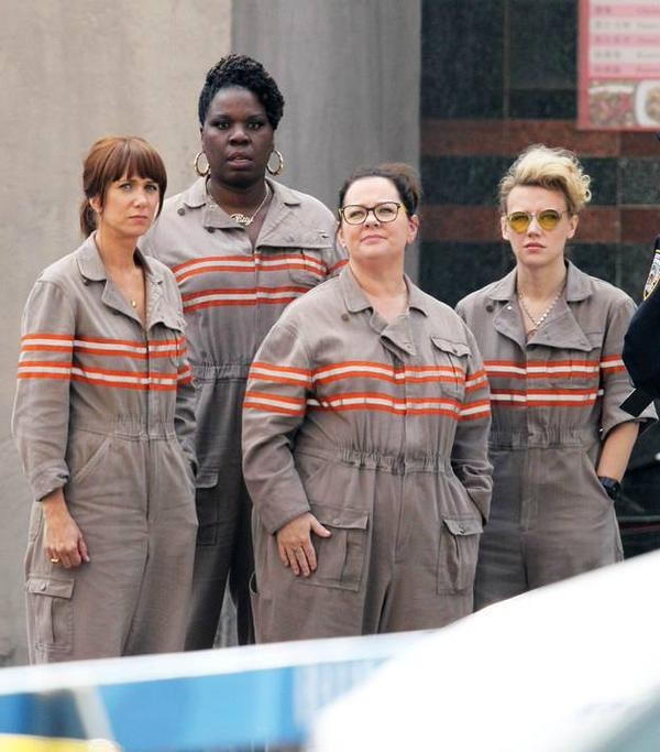 Meninists Troll Ghostbusters Cast's Visit To Children's Hospital | Ghostbusters