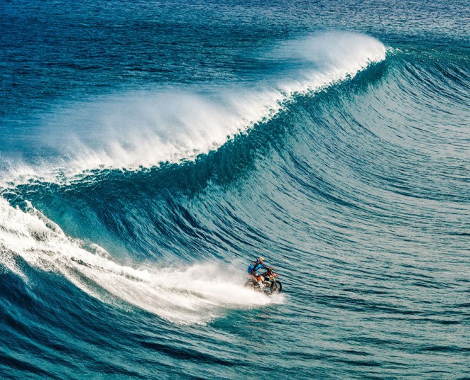 Stuntman Robbie Maddison Rides Waves On A Dirtbike   Robbie Maddison