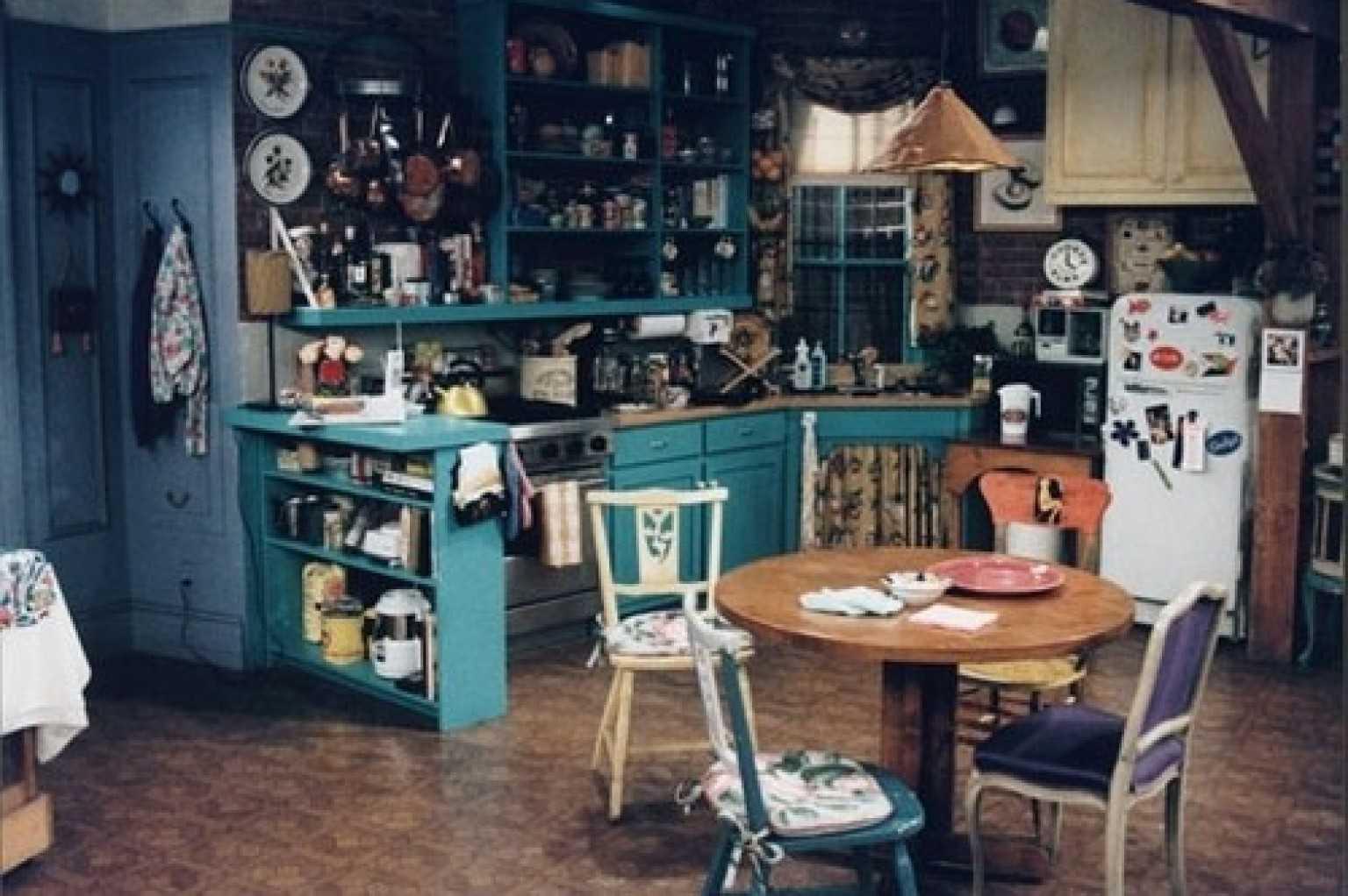 Visit Monica's Apartment At London's FriendsFest | FriendsFest