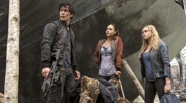The 100: Sci-Fi Lovers Should Definitely Be Watching | The 100