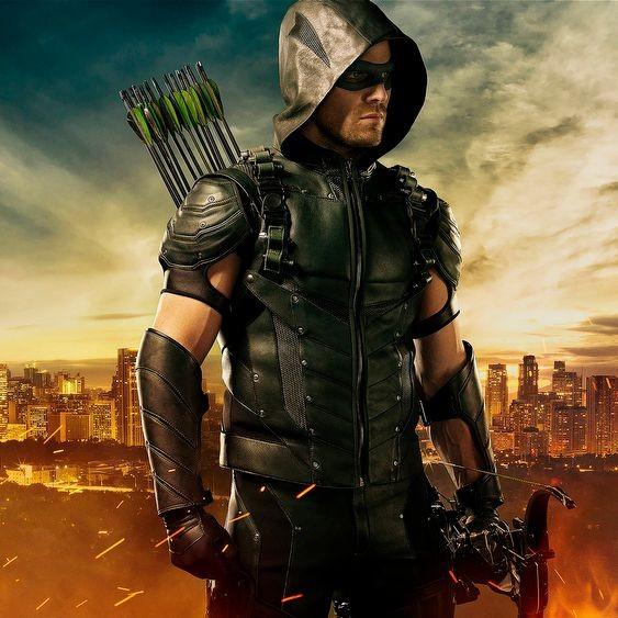 Arrow To Introduce Star City, Felicity's Mom To Return | Arrow