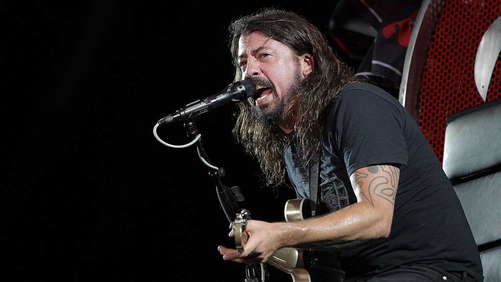 Dave Grohl Sings