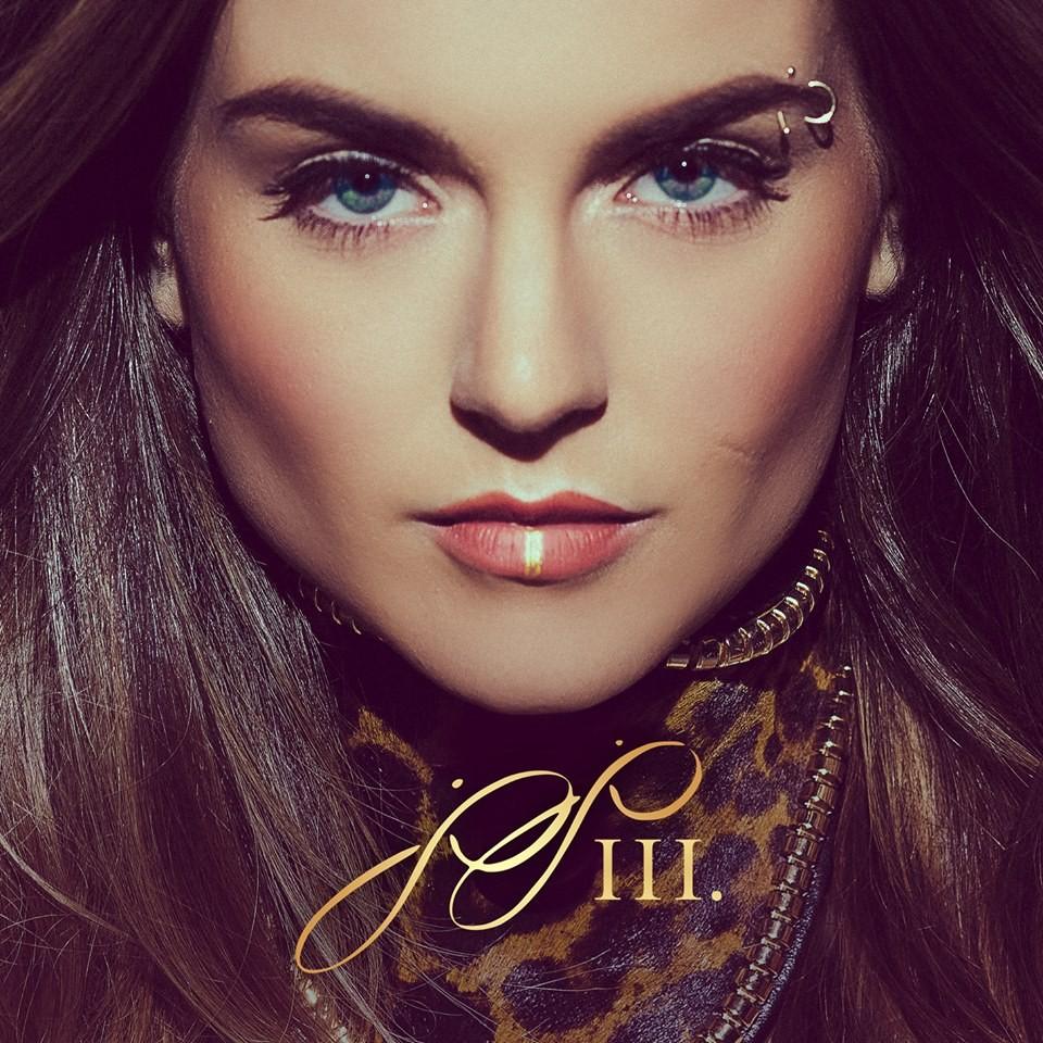 JoJo Is BACK! Check Out Her Tringle HERE! | JoJo