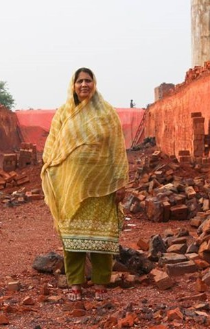 HONY Blog Helps Raise More Than $2 Million To Fight Bonded Labor In Pakistan | Pakistan