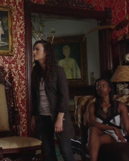 Carmilla: 02x23, Wild Kingdom And 02x24, Hunger Games | Wild Kingdom
