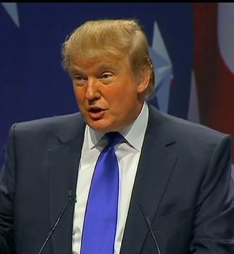 Donald Trump Kicks Univision's Jorge Ramos Out Of Press Conference | Jorge Ramos