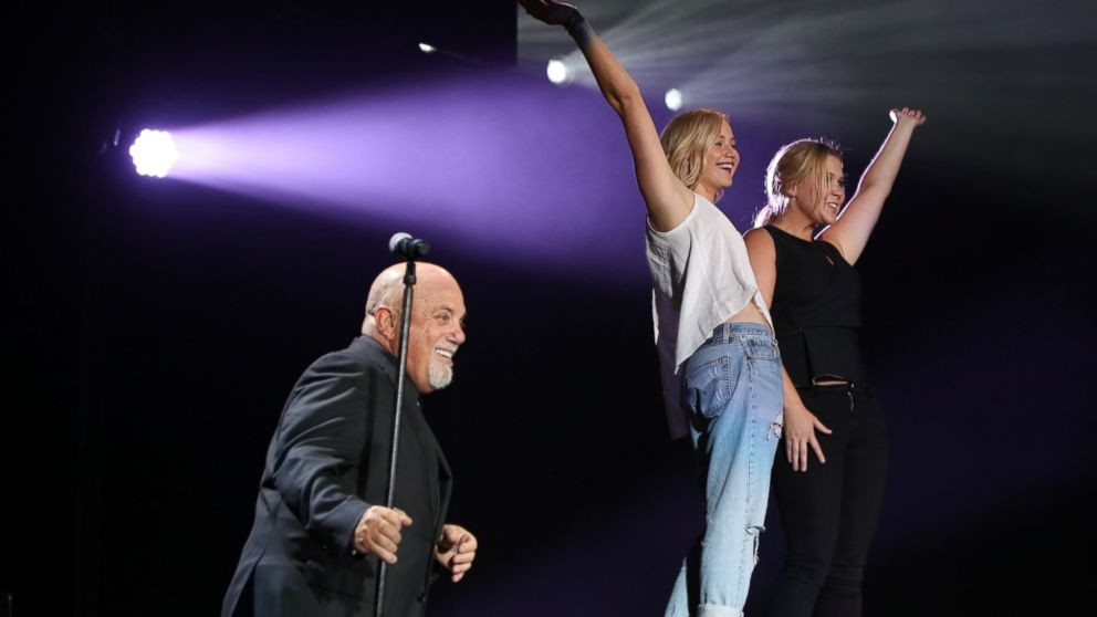 Jennifer Lawrence And Amy Schumer Join Billy Joel For